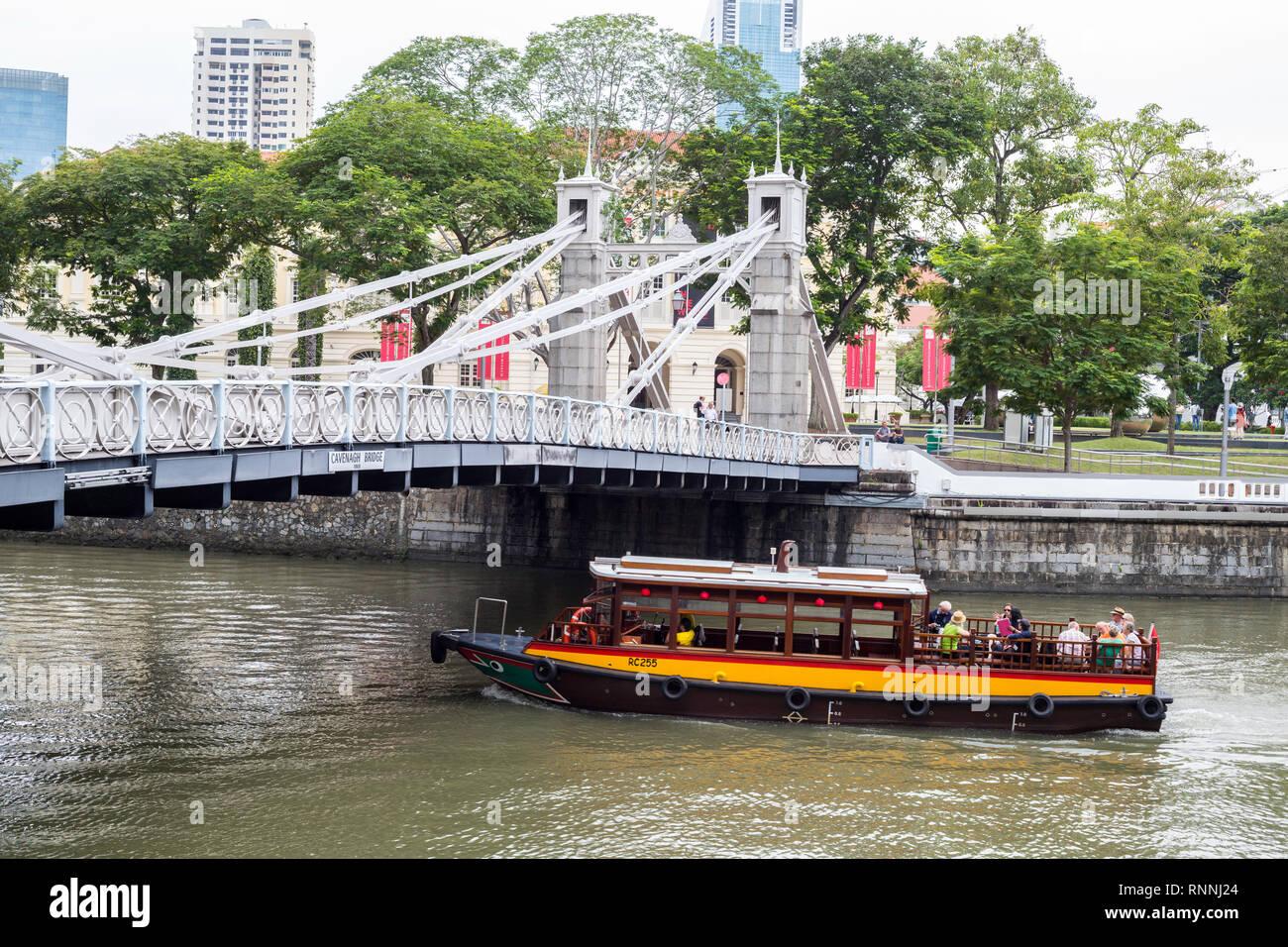 Cavenagh Bridge over Singapore River, 1870, Singapore. - Stock Image