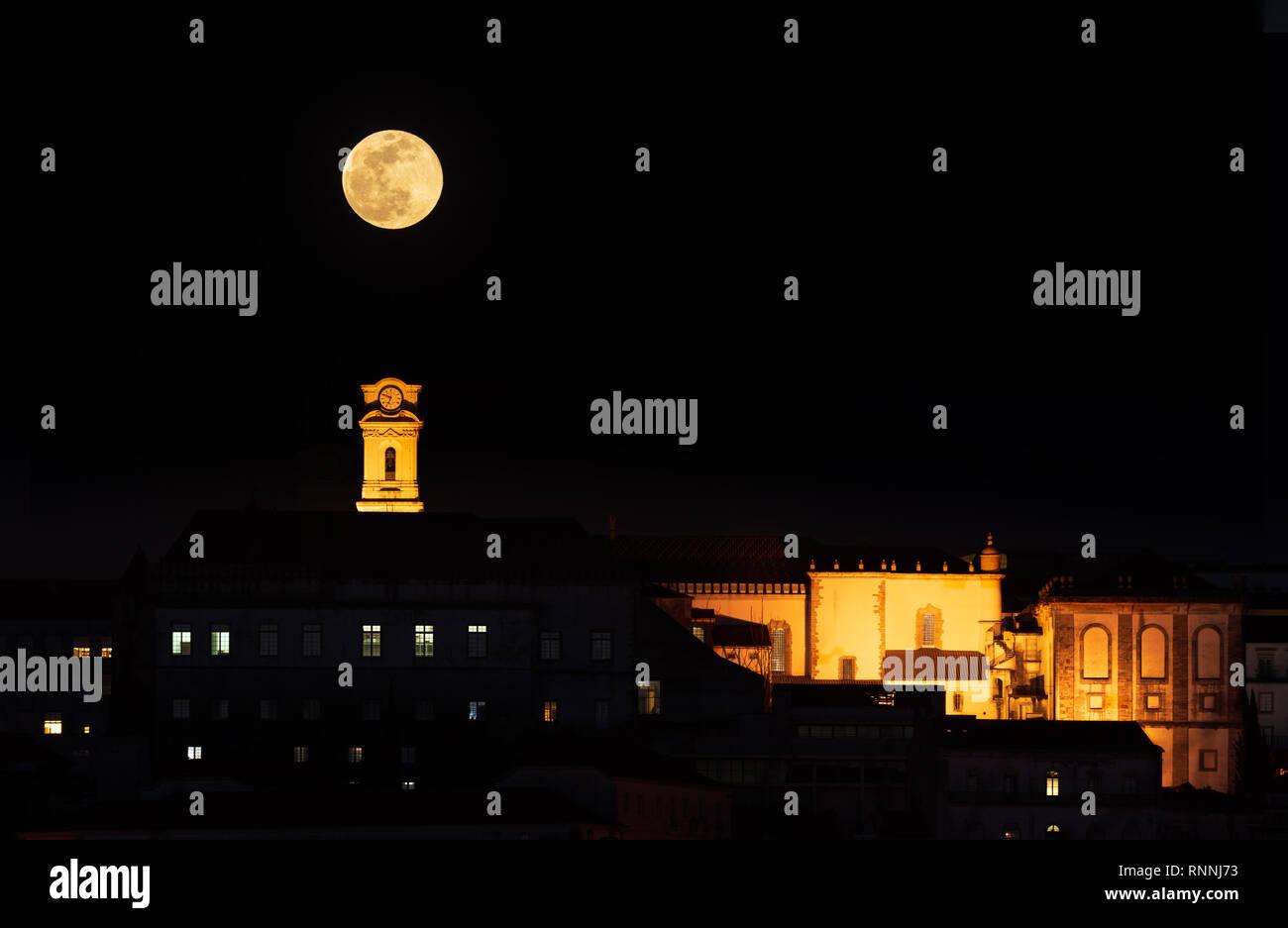 4c2f389cc7dee Super Moon Rise Stock Photos   Super Moon Rise Stock Images - Alamy