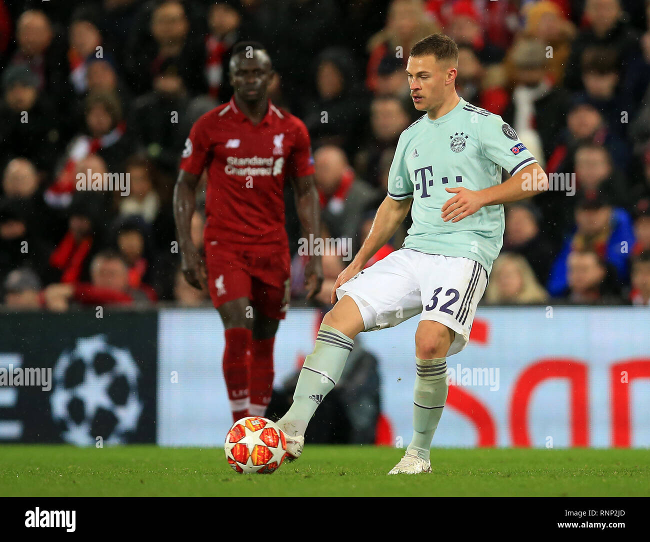Champions League 4 Matchday Round Season 2018 2019: Joshua Kimmich Stock Photos & Joshua Kimmich Stock Images
