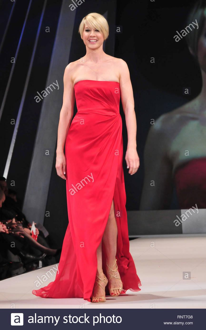 Watch Rebecca Romijn USA 2 1997-1998 video