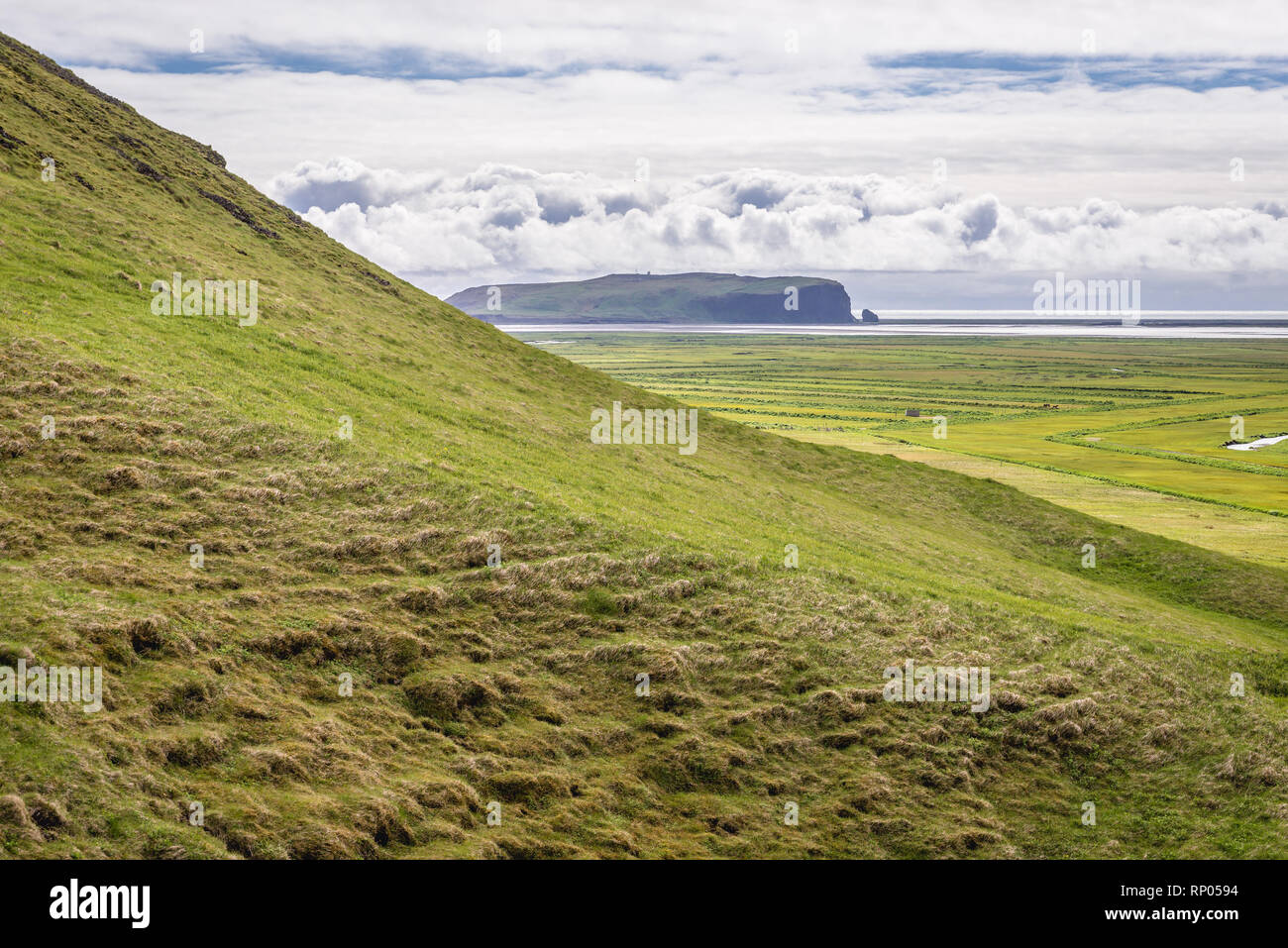 View from so called Aurora Viewing Spot in Iceland with Dyrholaey promontory - Stock Image