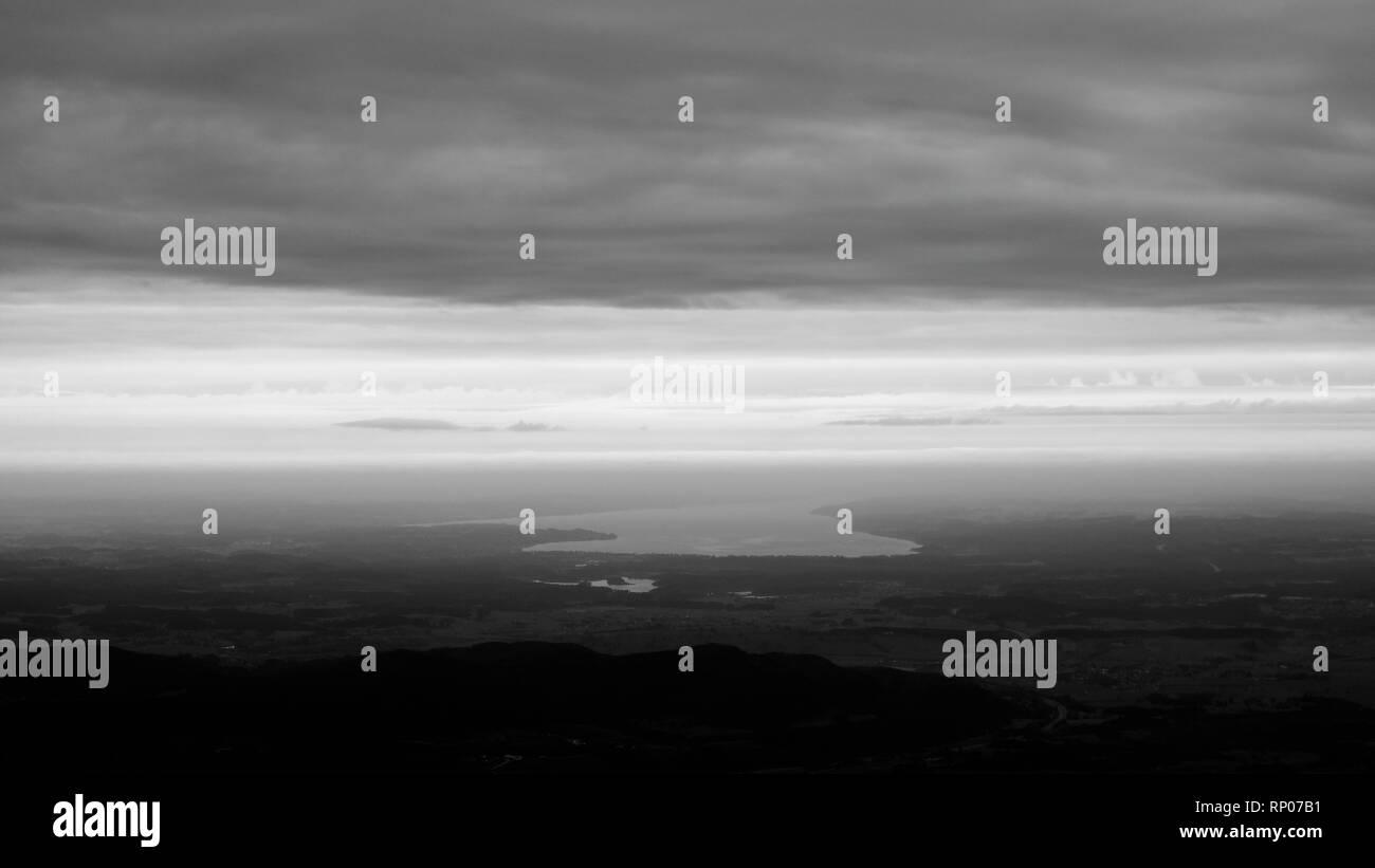Alpen, Blick vom Herzogstand auf den Starnberger See - Stock Image