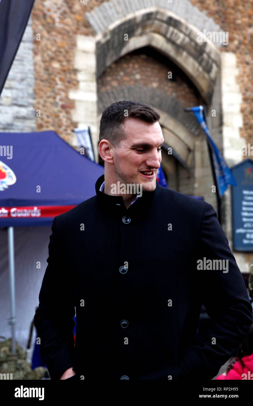 Cardiff, Wales, UK. February 20th 2019. Sam Warburton outside Cardiff Castle at the 1st Battalion Welsh Guard's homecoming parade. This Batallion had just served their third tour in Afghanistan. Credit: Lily Watts/Alamy Live News - Stock Image