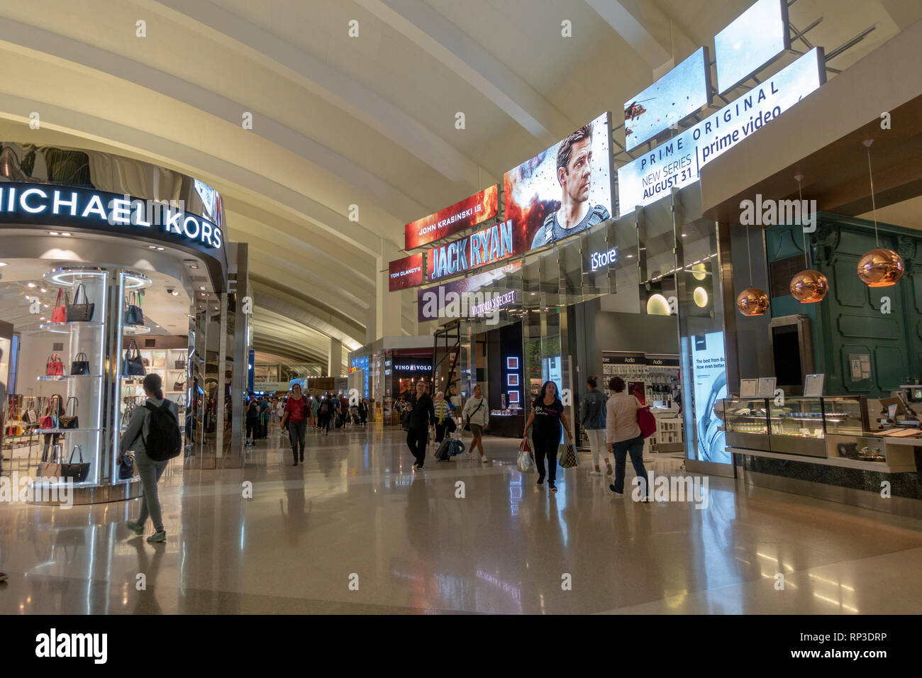 General view of retail outlets in Los Angeles International Airport (LAX), California, United States. - Stock Image