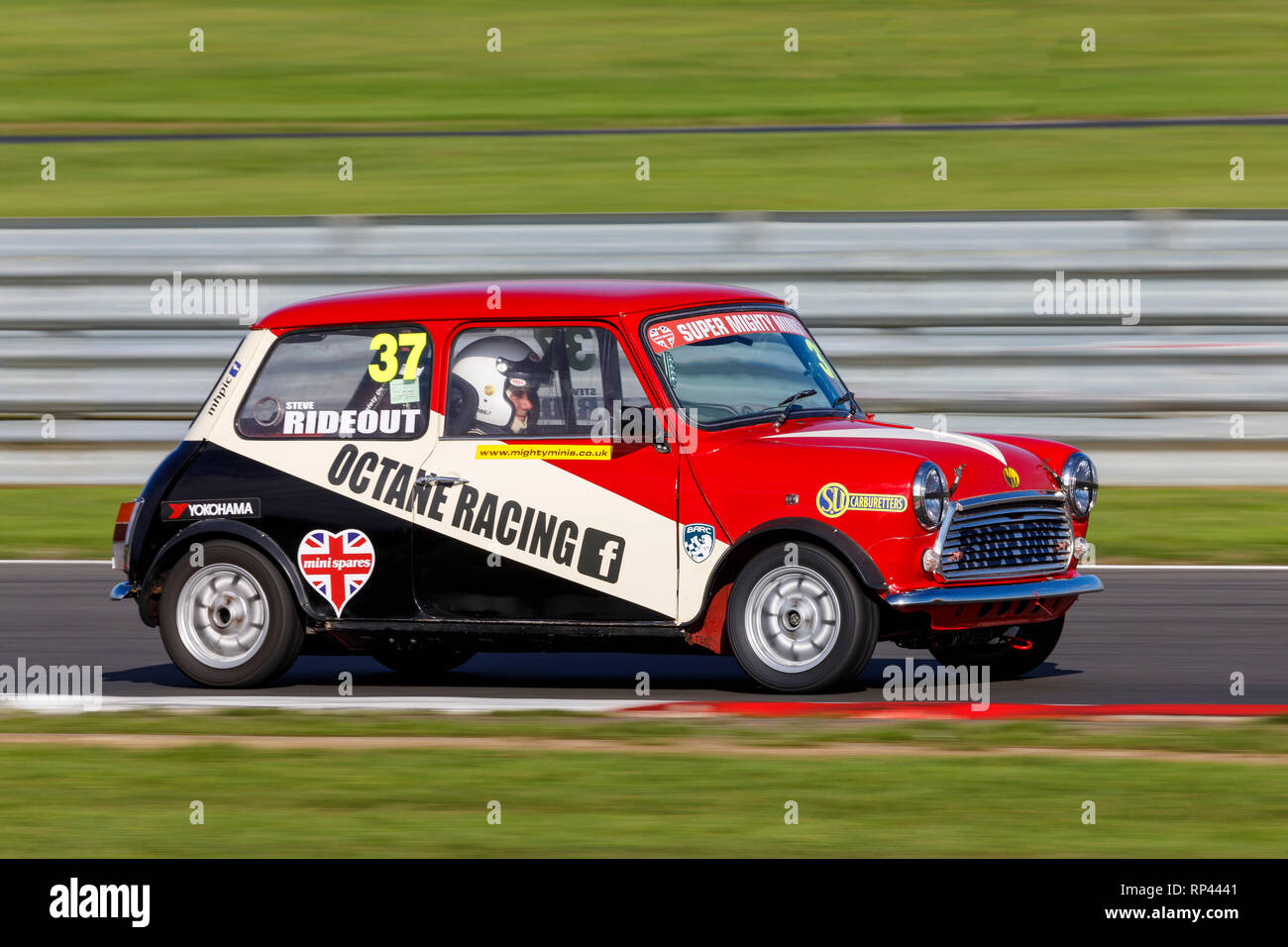 Steven Rideout in his Super Mighty Minis entrant to the Championship race at Snetterton 2018, Norfolk, UK. - Stock Image