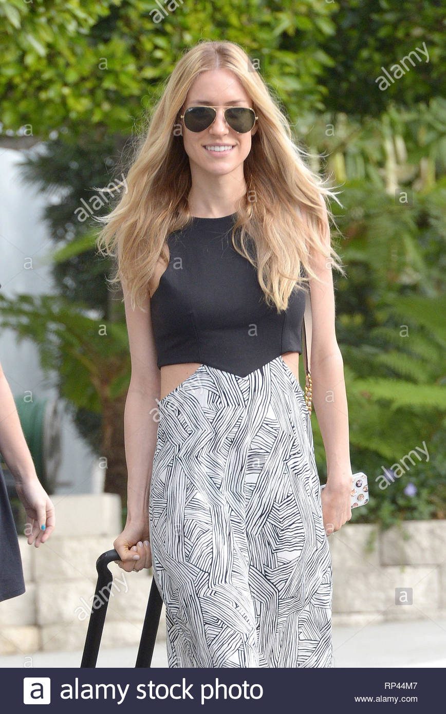 Hollywood, CA - Reality star turned designer Kristin Cavallari, gets ready  to fly out of Los Angeles this afternoon, looking stylish in a monochrome  maxi ...