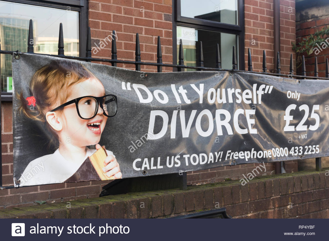 A banner advertising 'Do It Yourself' divorce for only £25 in Sheffield, South Yorkshire, England, UK - Stock Image