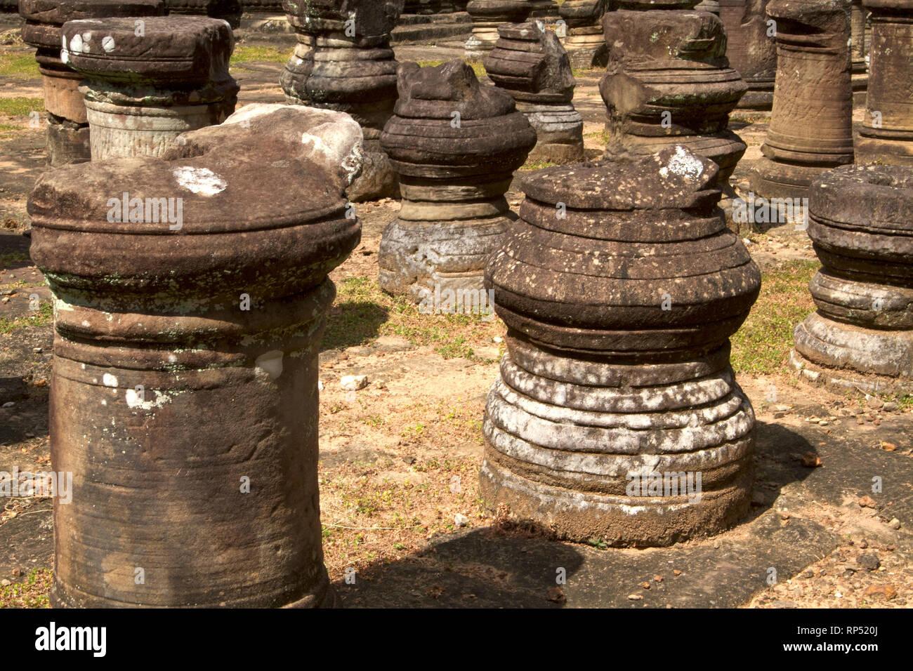 Siem Reap-Baphuon temple columns path 2 - Stock Image