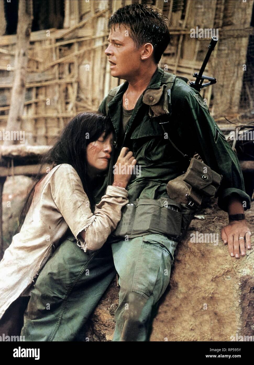 Tópico para postarmos cenas fora de contexto Lefox-casualties-of-war-1989-RP595Y