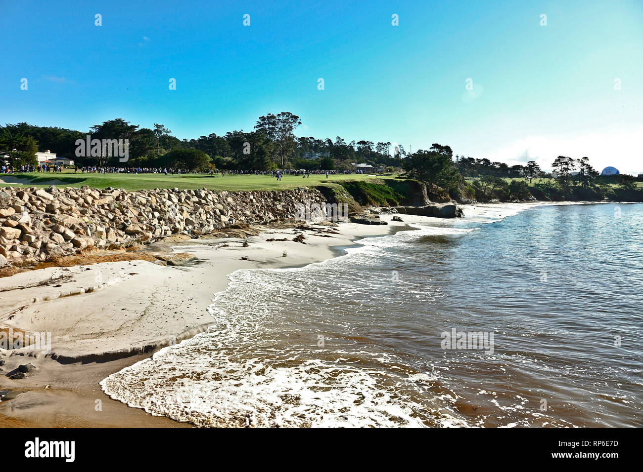 11th February, 2019  Pebble Beach Golf Links, CA, USA  The 4th hole at Pebble Beach Golf Course showing the beach at the Beach Club during  the AT&T P - Stock Image