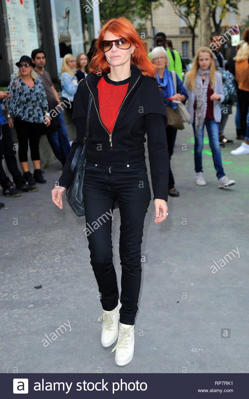 f3aeb2985d08a ... France - Belgian singer-songwriter Axelle Red arrives for the 2013  Veronique Leroy Fashion Show in Paris