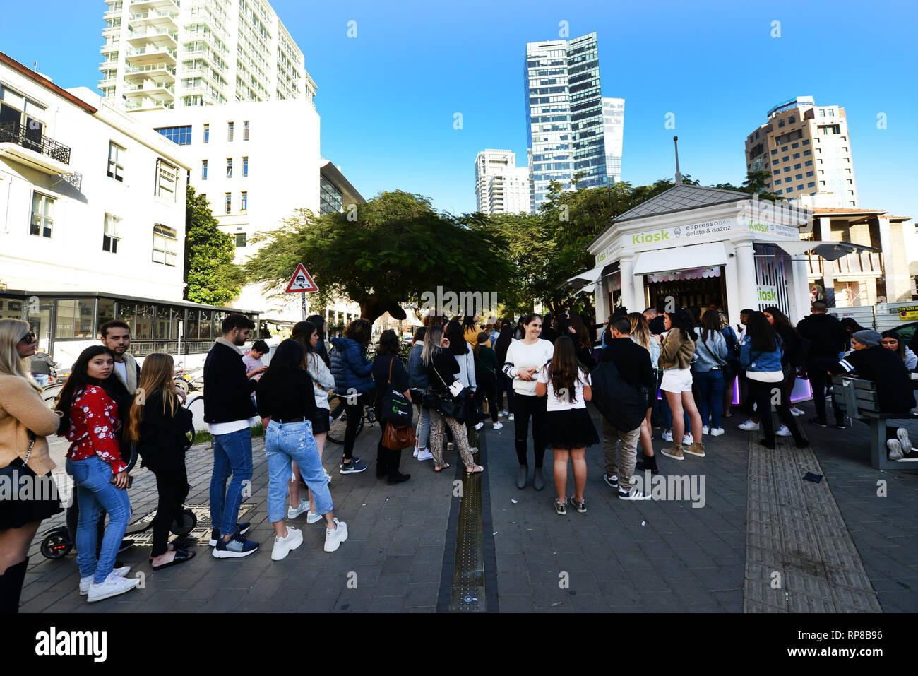 The first Kiosk on the trendyRothschild Boulevard in Tel Aviv's White City. - Stock Image