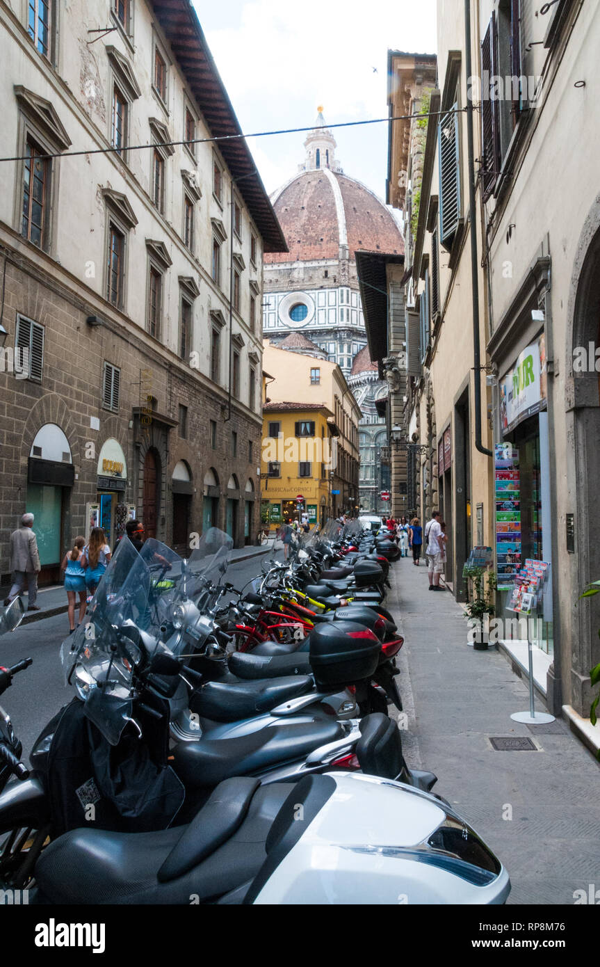 Impression of a narrow street in Florence - Stock Image