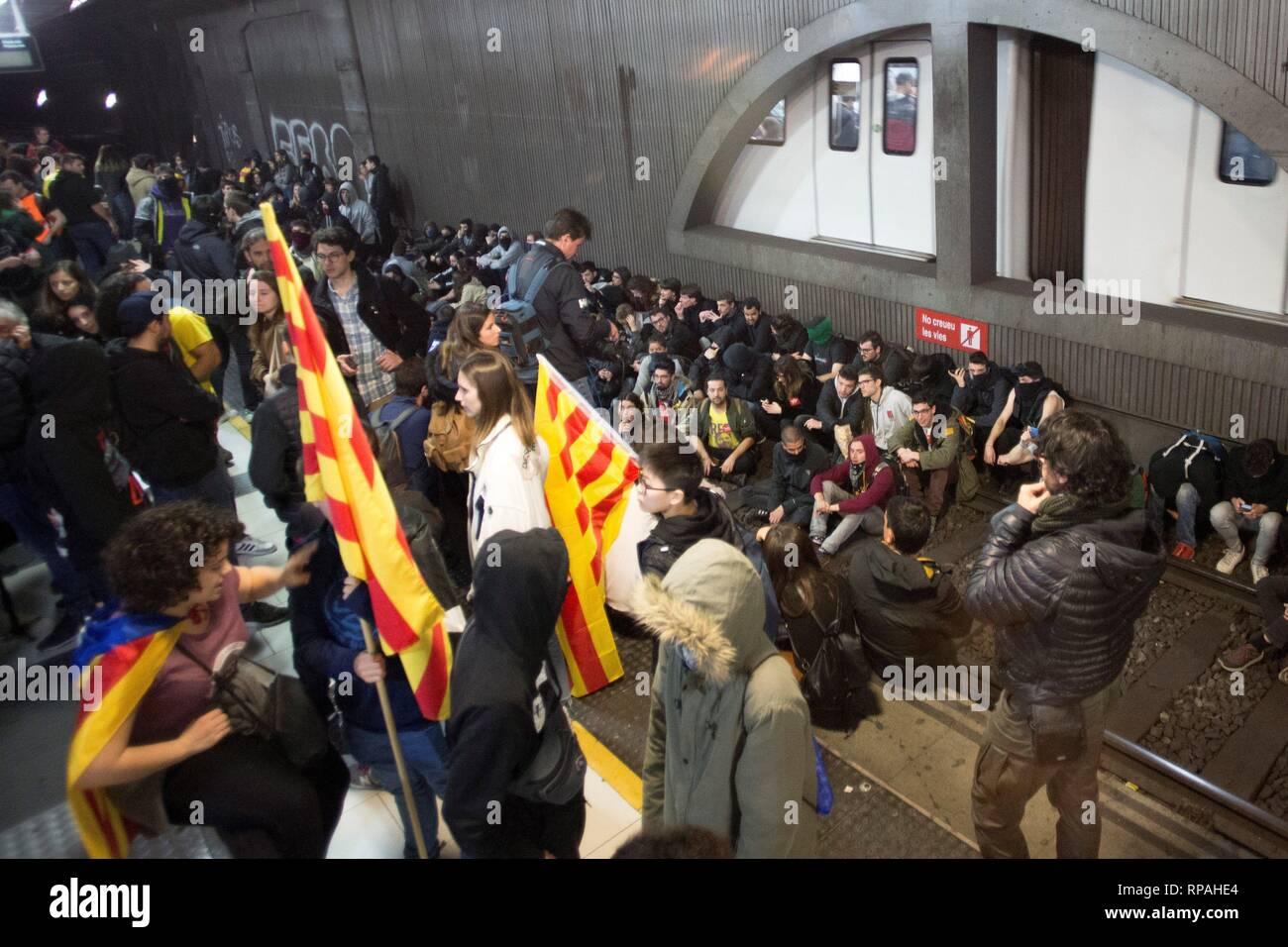Barcelona, Spain  21st Feb 2019  Several dozen people occupy