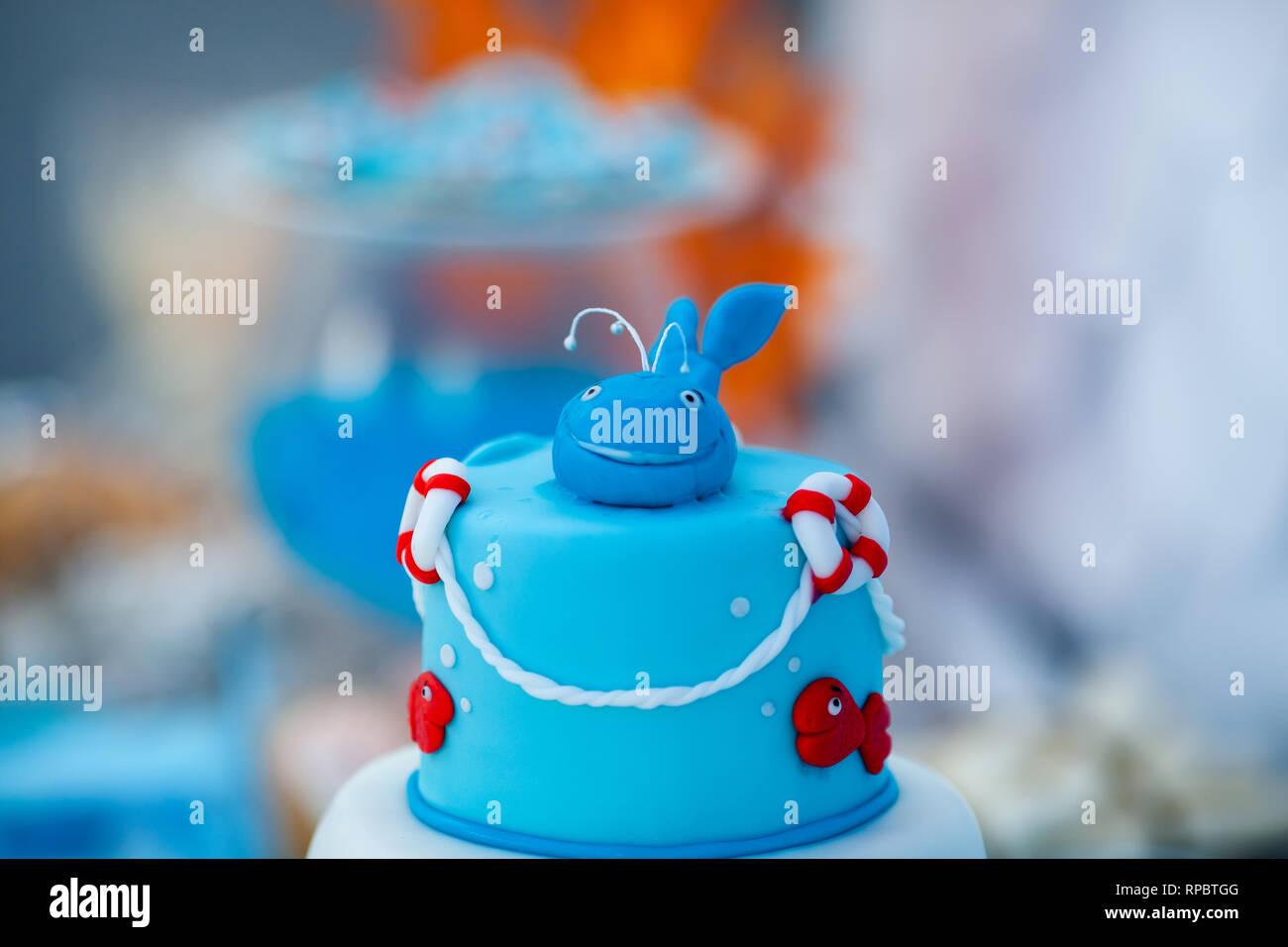 Brilliant Huge Blue And White Birthday Cake With Sweet Crab Fish Starfish Personalised Birthday Cards Akebfashionlily Jamesorg