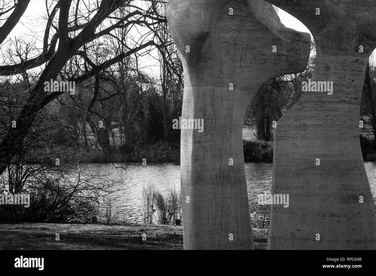 Landscape in Hyde Park London with Henry Moore Arch - Stock Image