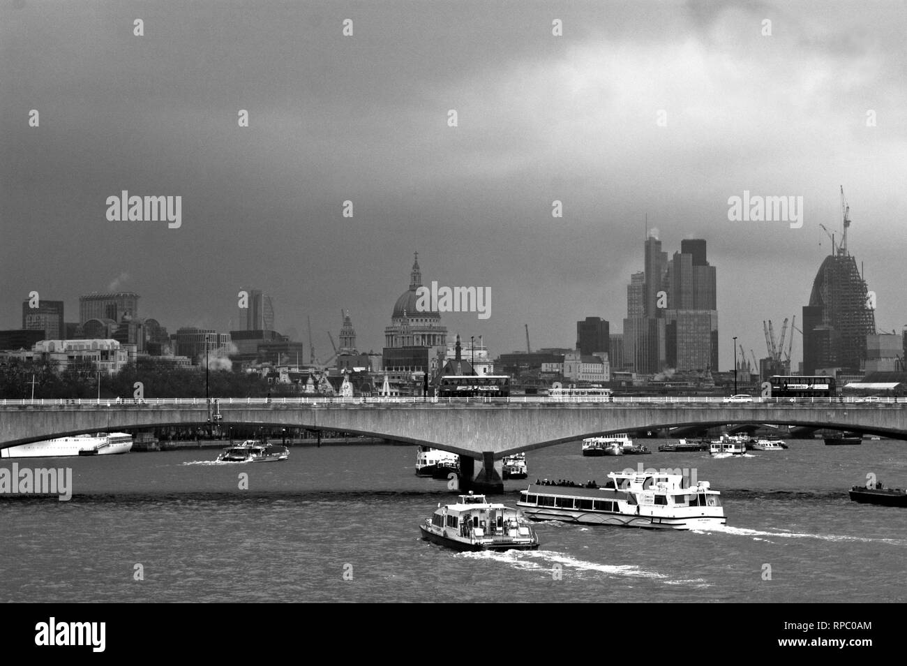 Black and White View of the Thames on a Cloudy Day - Stock Image