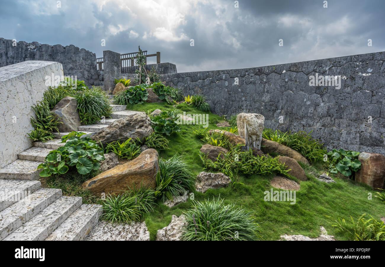 Naha, Okinawa, Shuri Castle (首里城). Okushoin House gardens - Stock Image