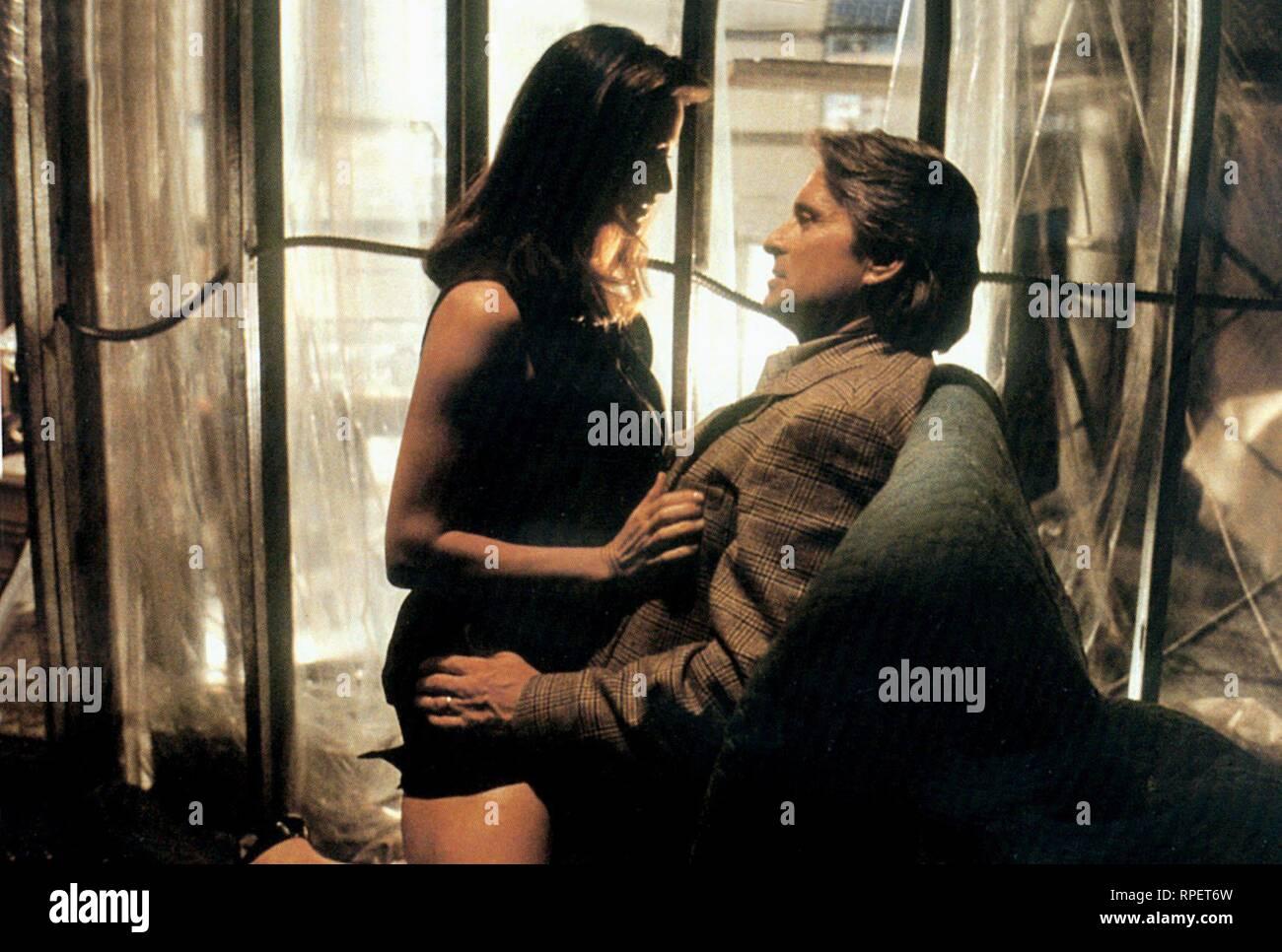 Demi Moore Michael Douglas Disclosure 1994 Stock Photo Alamy