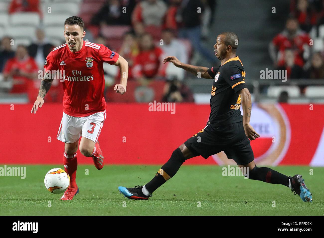 6e59de7307a0e Álex Grimaldo of SL Benfica in action during the Europa League 2018 2019  footballl match