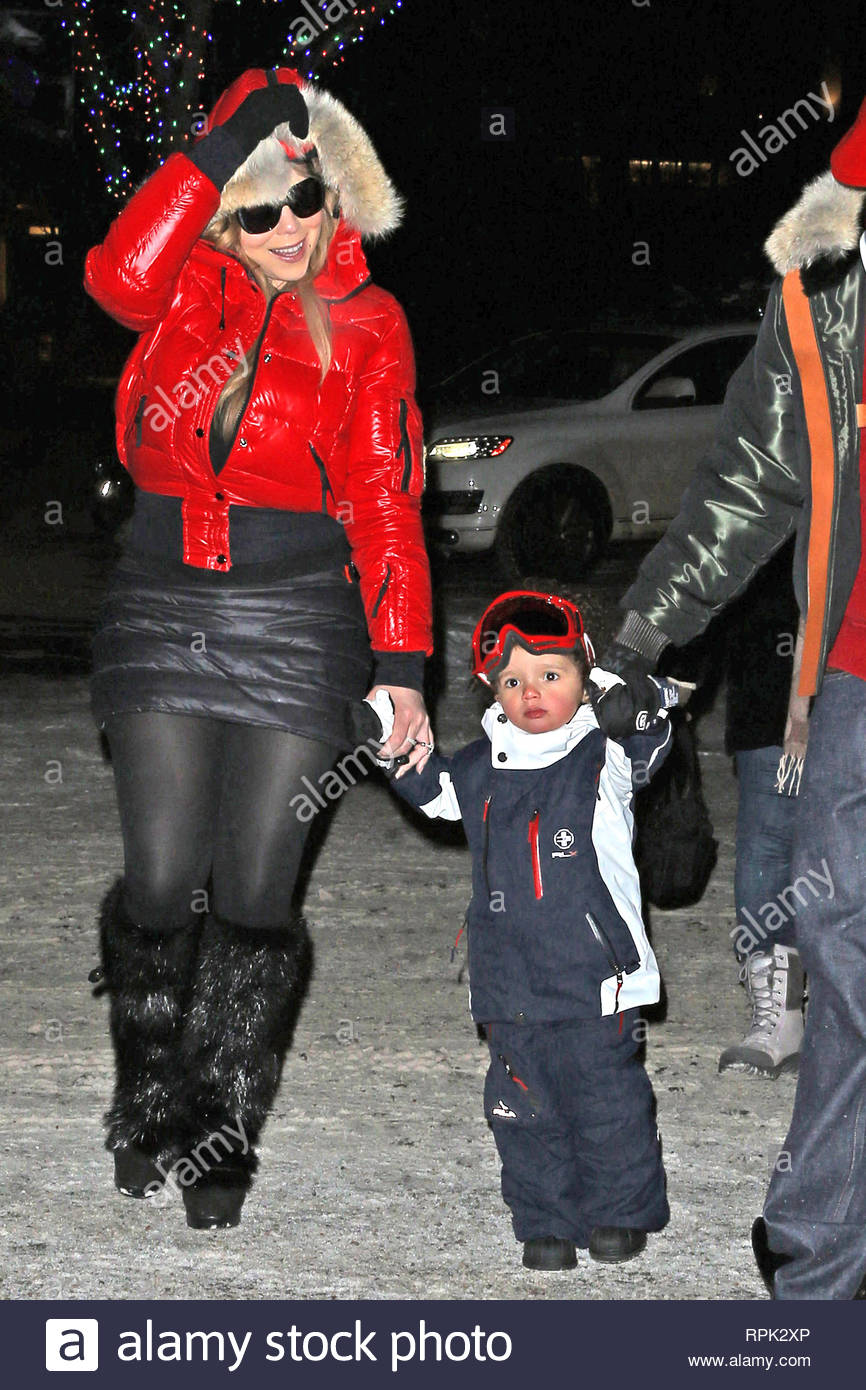 6930936ca50c8c Aspen, CO - The countdown until Christmas is on and Mariah Carey and her  family are making the most of their family vacation in Aspen.
