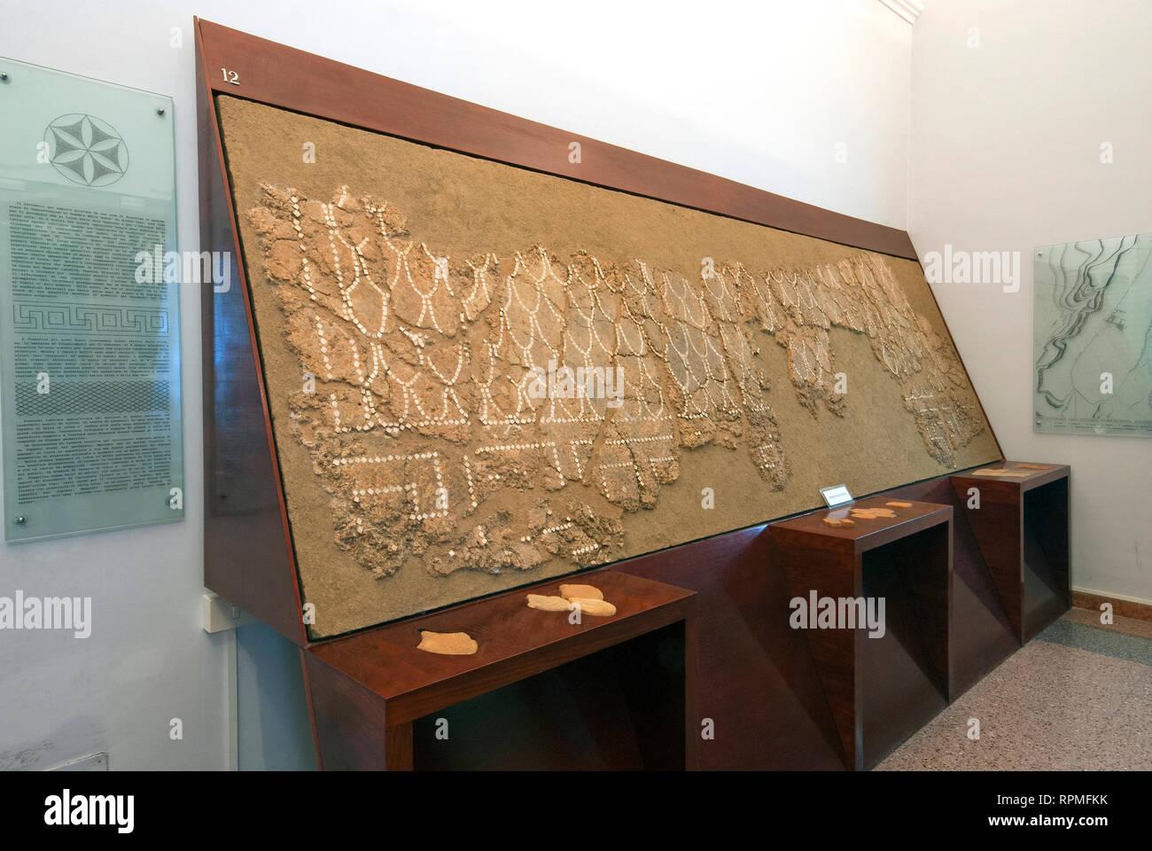 """Opus signinum pavement at Archaeological Museum Fregellae """"AMEDEO MAIURI"""", Ceprano, Lazio, Italy Stock Photo"""