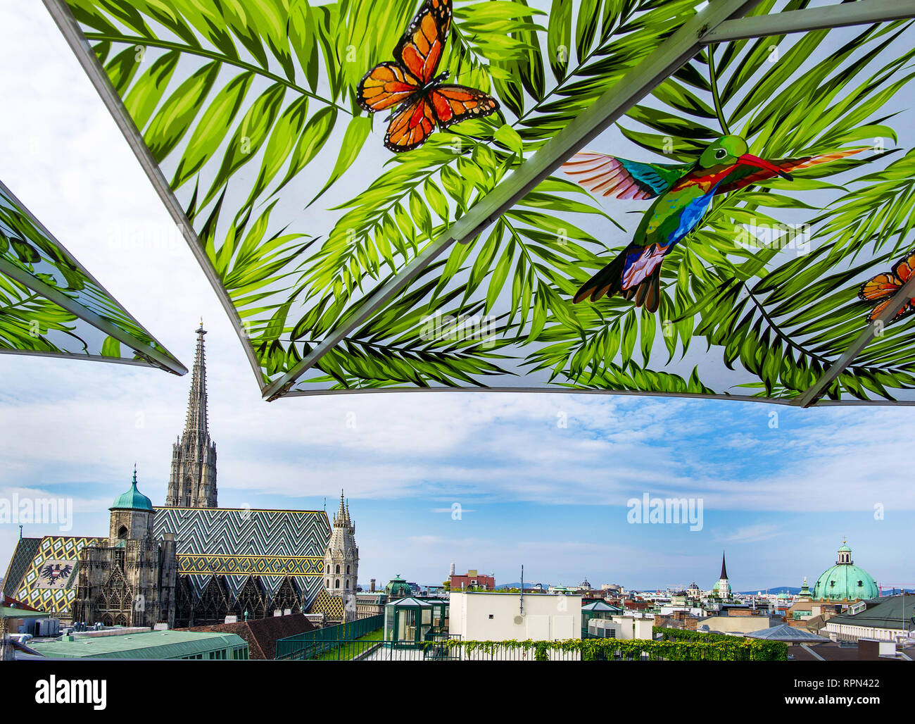 View of Stephansdom, Vienna's cathedral, from the rooftop bar of the Lamée hotel - Stock Image
