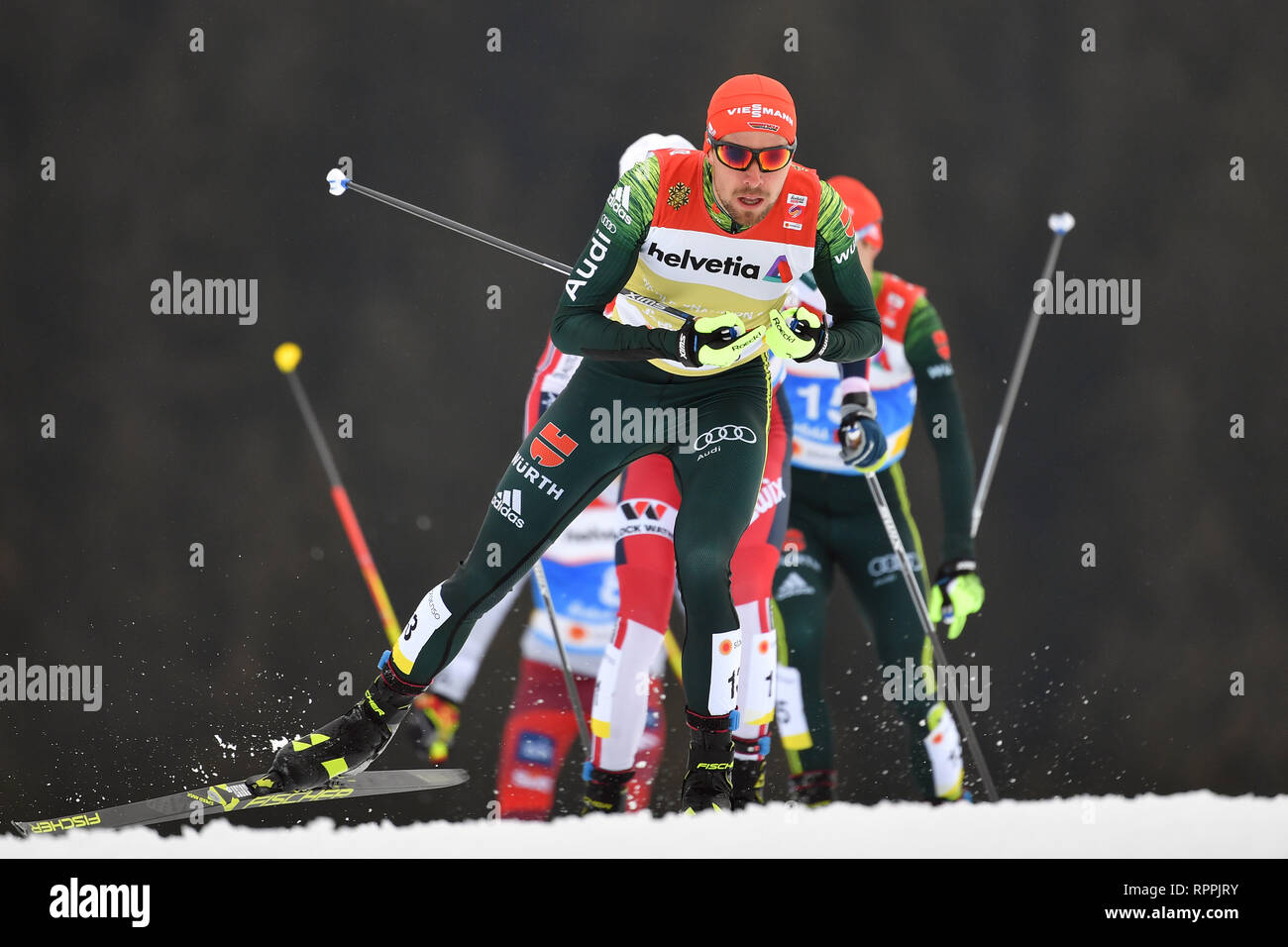 Johannes RYDZEK (GER), action, leads the pulk, group