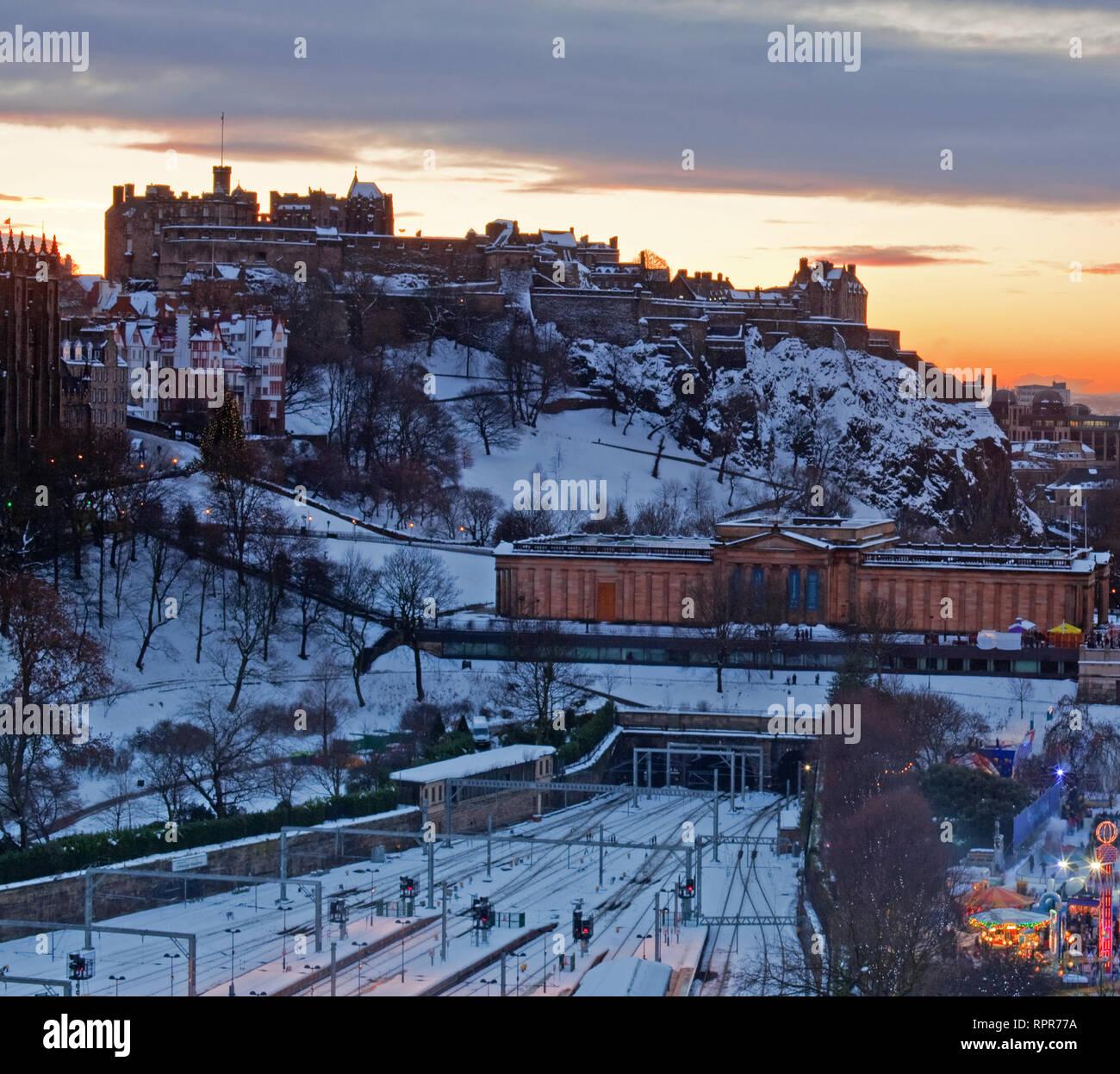 Edinburgh Castle in winter, Scotland Stock Photo