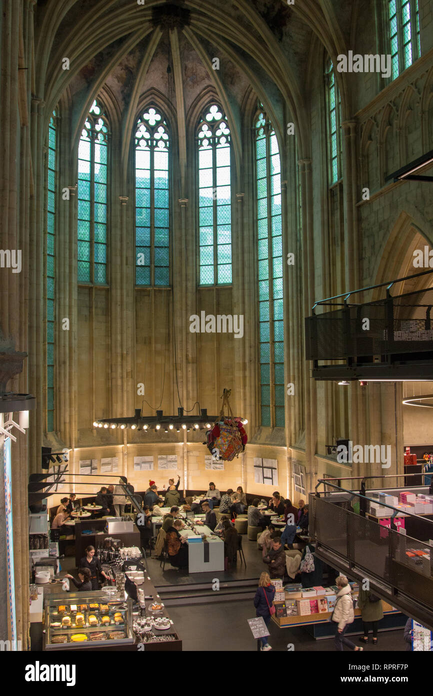 Old church converted in a bookstore in downtown Maastricht. Announced as the most impressive bookstores around the world by the Guardian - Stock Image