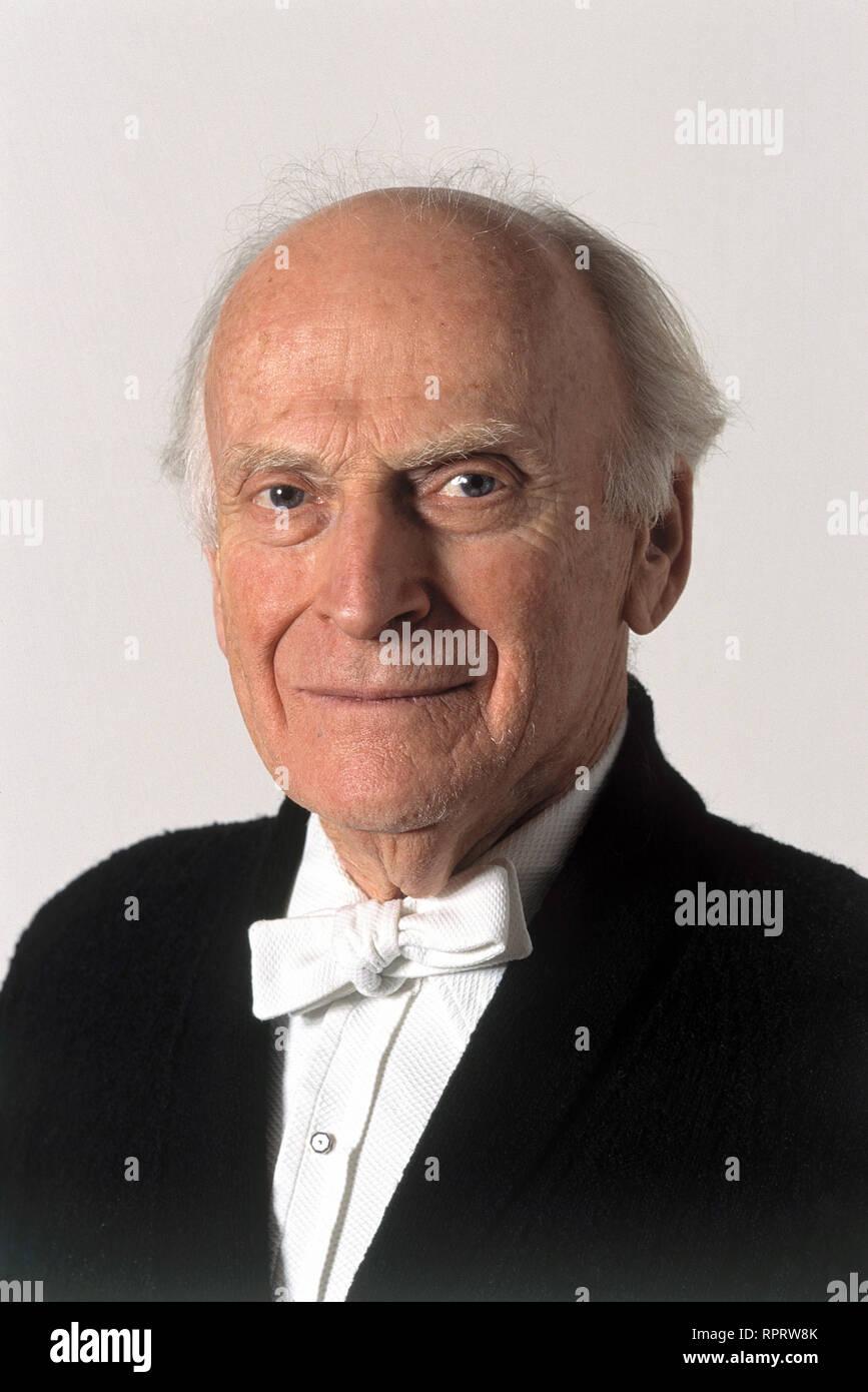 Der berühmte Geiger und Dirigent YEHUDI MENUHIN, Aufnahme von 1994. Violinist and conductor: Yehudi Menuhin. Portrait, 1994. / Überschrift: Yehudi Menuhin - Stock Image