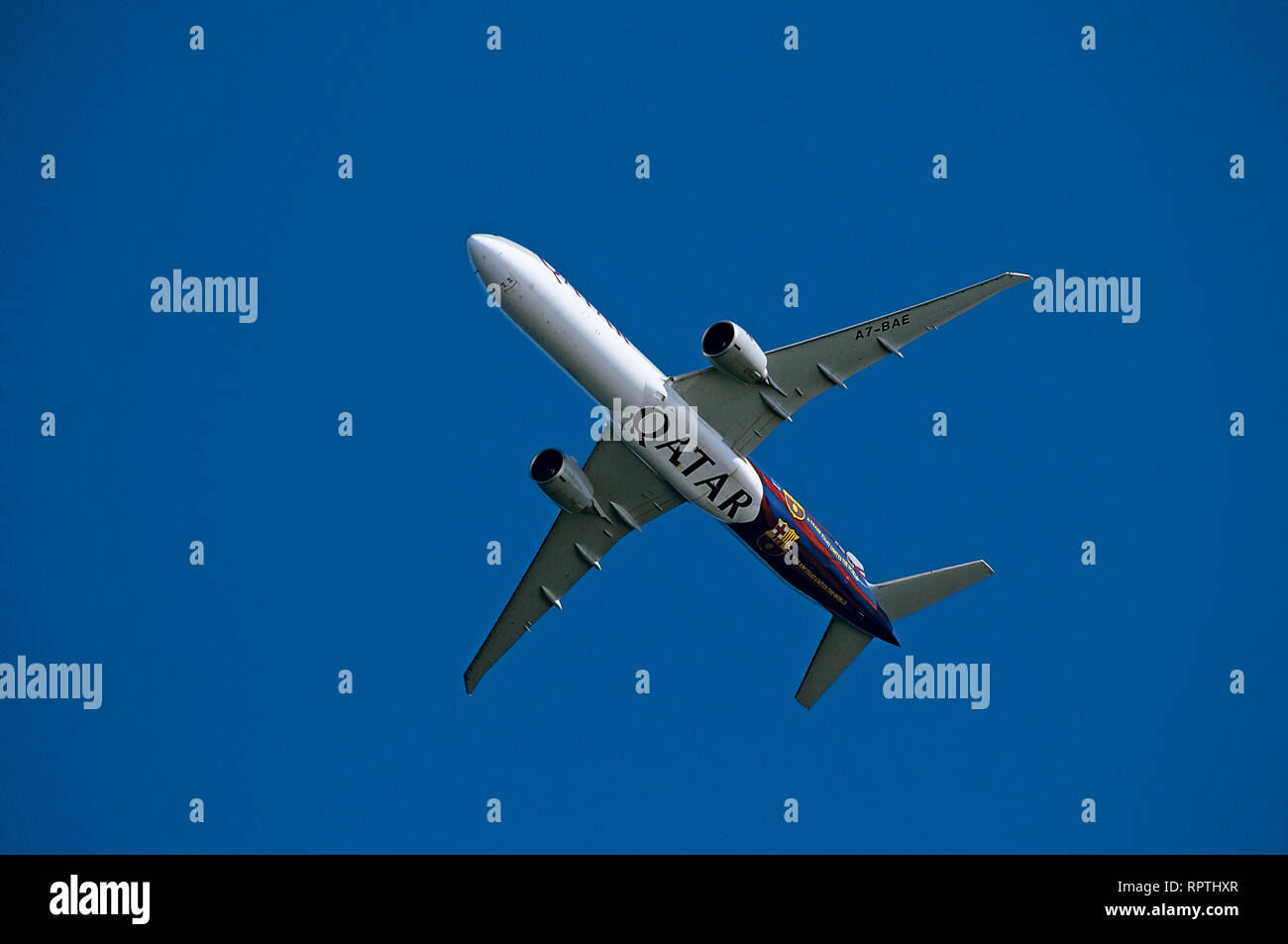 Qatar Airways Boeing 777-ER A7-BAE - Stock Image