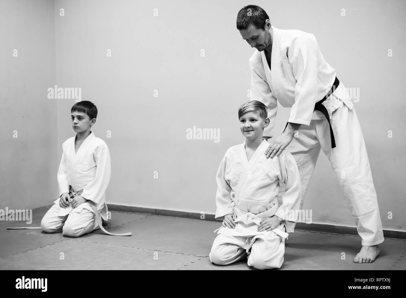 Aikido Japanese Black and White Stock Photos & Images - Alamy