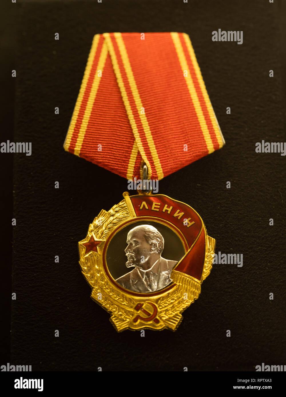 Order of Lenin of the Union of Soviet Socialist Republics, conferred to President of Finland Mauno Koivisto on 24th November 1983. Stock Photo