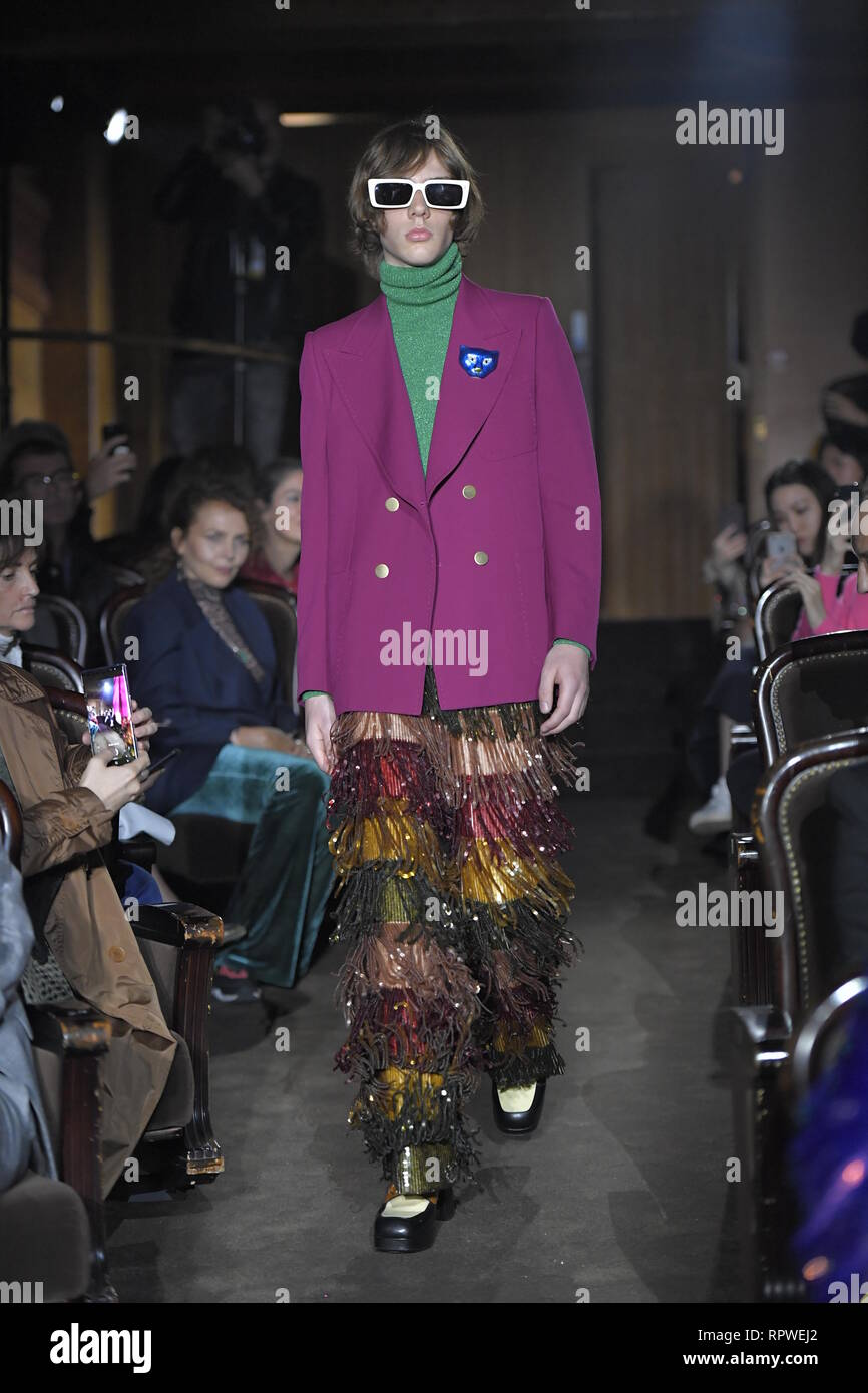 0657d1ba PARIS, FRANCE - SEPTEMBER 24: A model walks the runway at the Gucci show during  Paris Fashion Week Spring/Summer 2019 on September 24, 2018 in Paris,
