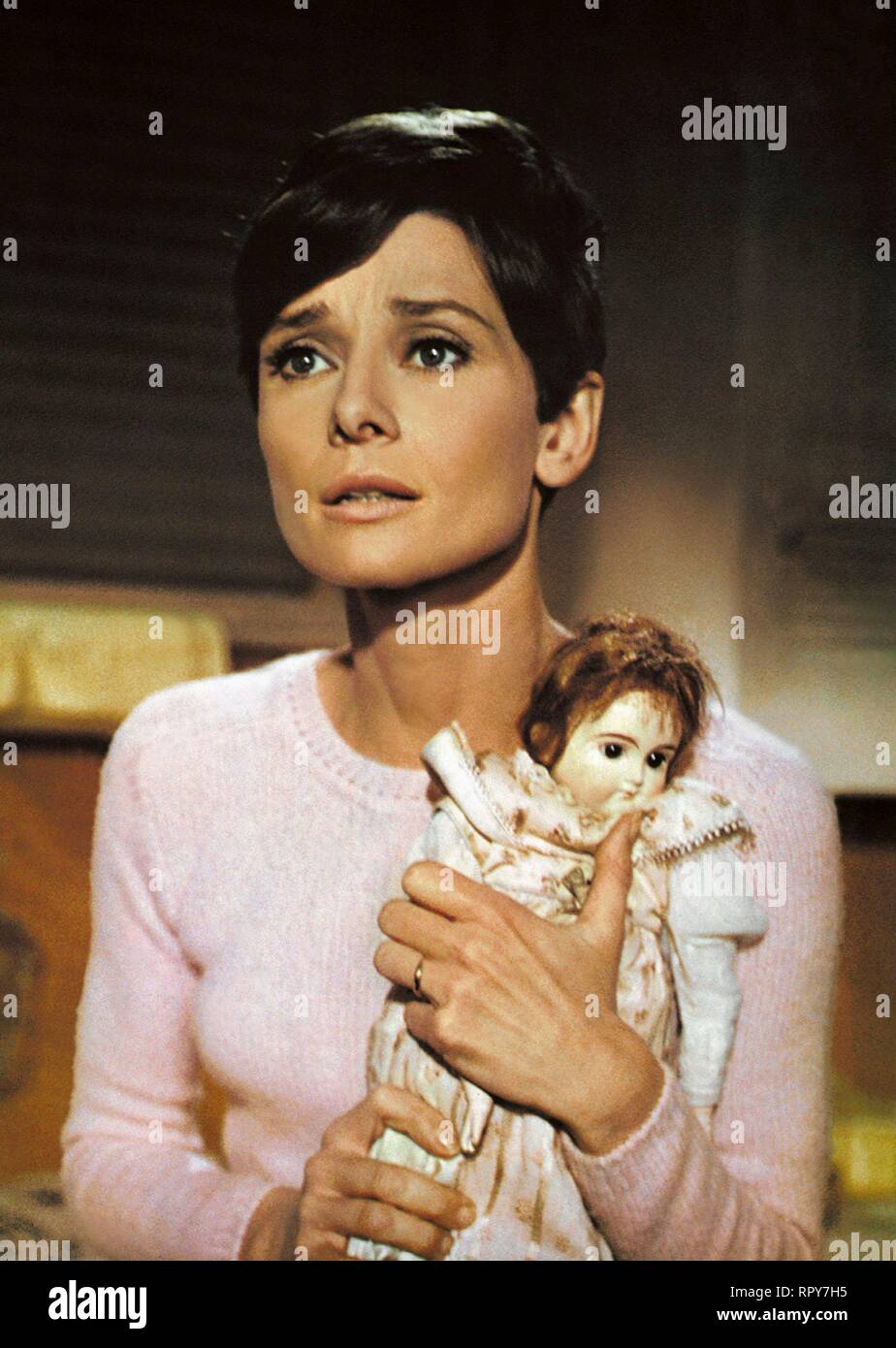 HEPBURN,DOLL, WAIT UNTIL DARK, 1967 Stock Photo