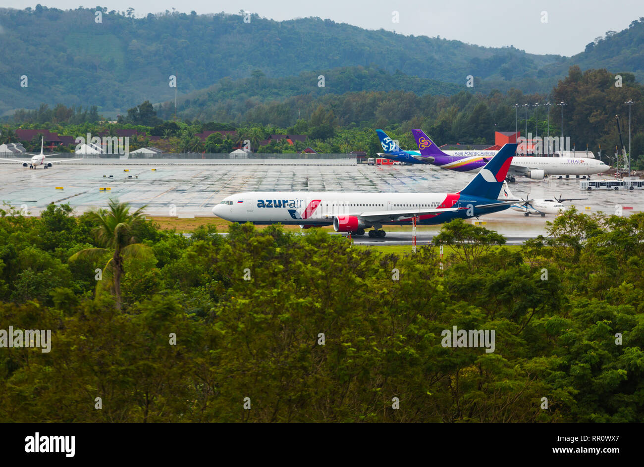 Boeing 767 ready for takeoff - Stock Image