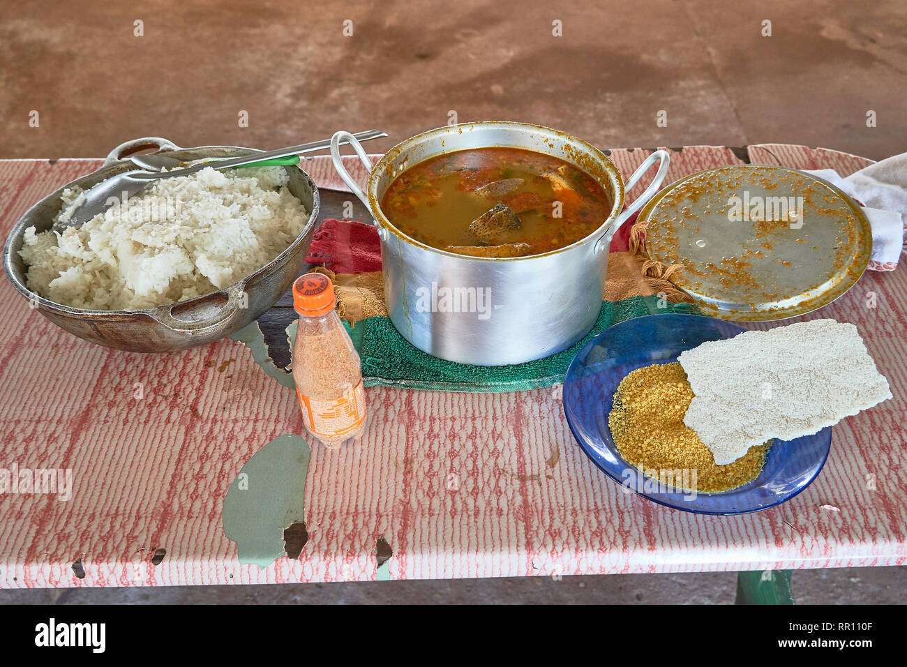 Amazon Indian style fish soup with traditional Cassave bread and flour - Stock Image