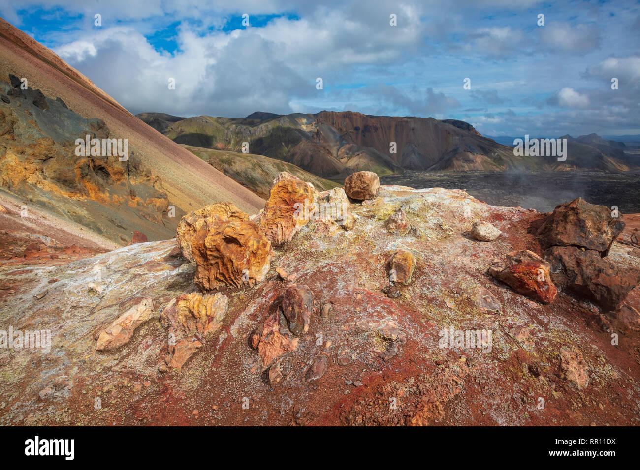 Volcanic mineral deposits along the Laugavegur trail near Landmannalaugar. Central Highlands, Sudhurland, Iceland. - Stock Image