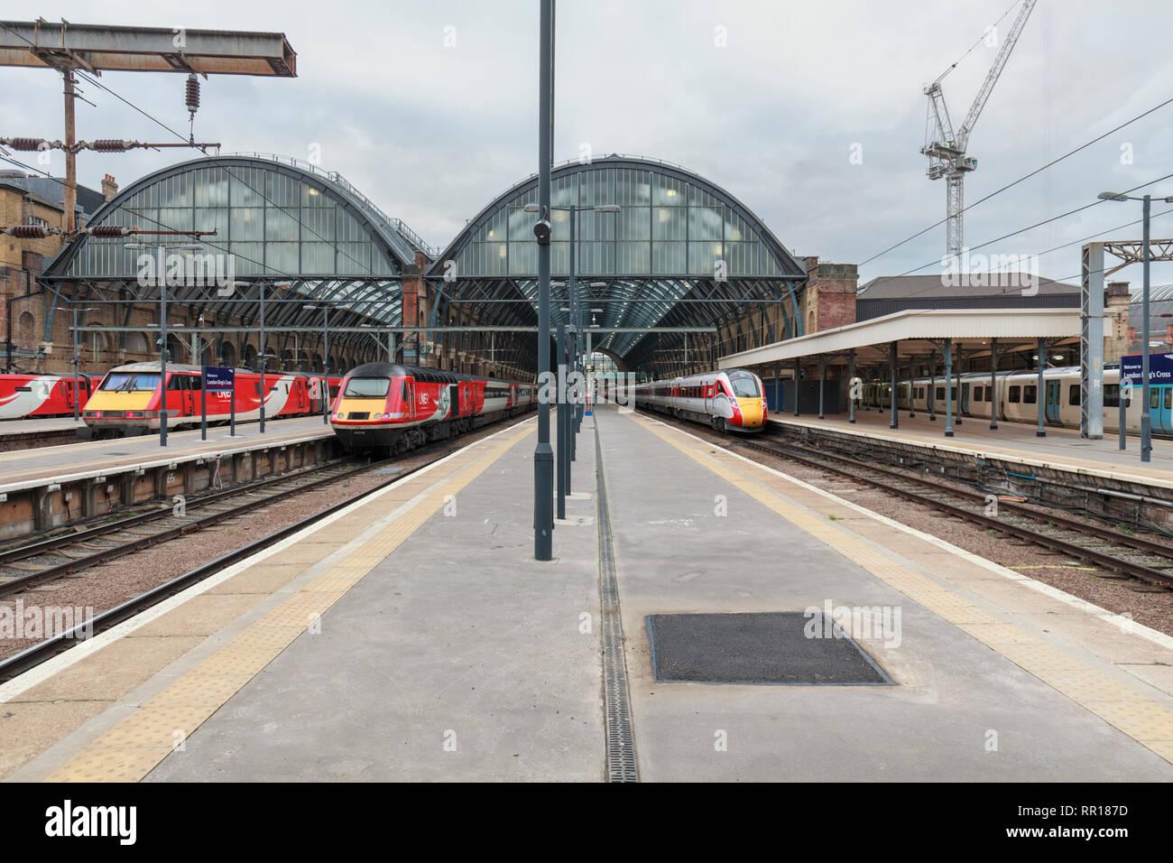 London North Eastern Railway ( LNER ) Intercity 125, class 91 electrics, and brand new Azuma train at London Kings cross station - Stock Image