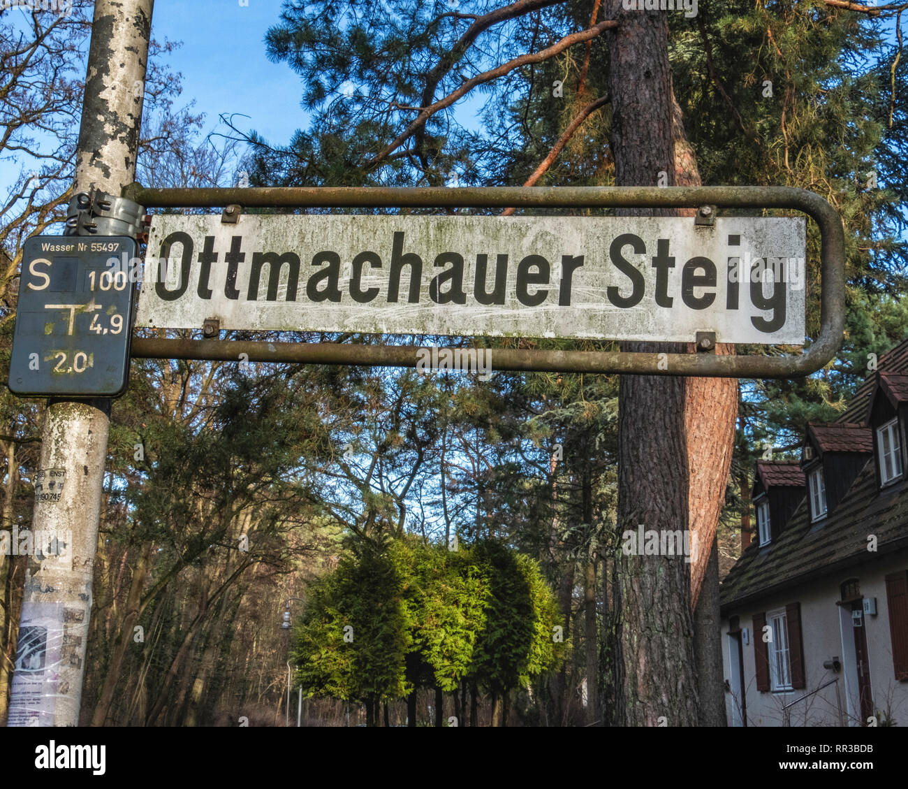 Krumme Lanke, Berlin, Germany. Ottmachauer Steig Street sign - Stock Image