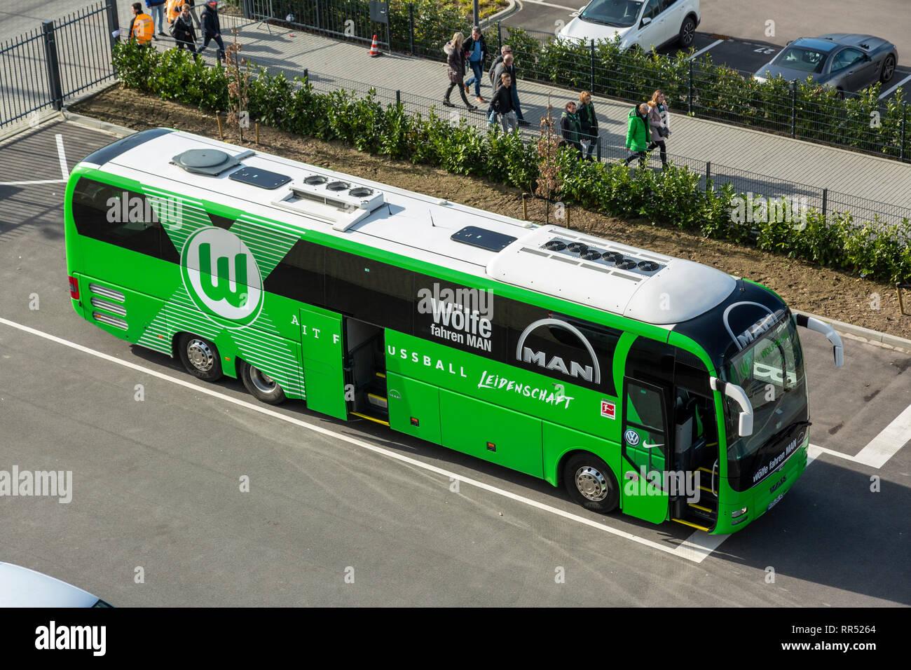 sports, football, Bundesliga, 2018/2019, Borussia Moenchengladbach vs VfL Wolfsburg 0-3, Stadium Borussia Park, team bus of Wolfsburg, DFL REGULATIONS PROHIBIT ANY USE OF PHOTOGRAPHS AS IMAGE SEQUENCES AND/OR QUASI-VIDEO - Stock Image