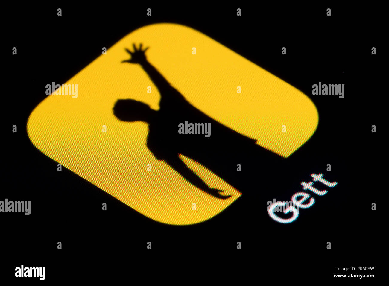 A close-up shot of the Gett app icon, as seen on the screen of a smart phone (Editorial use only) - Stock Image