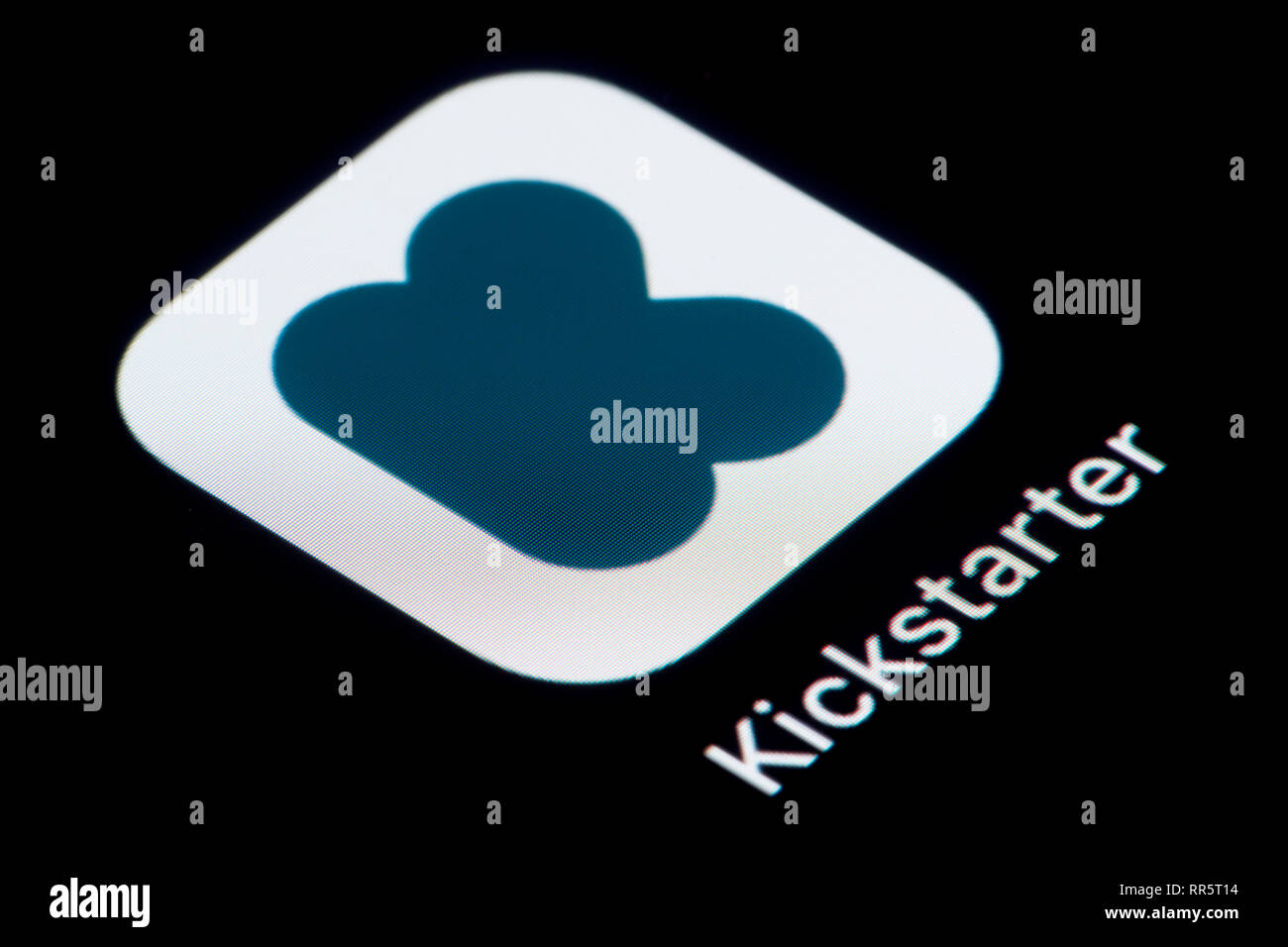 A close-up shot of the Kickstarter app icon, as seen on the screen of a smart phone (Editorial use only) - Stock Image