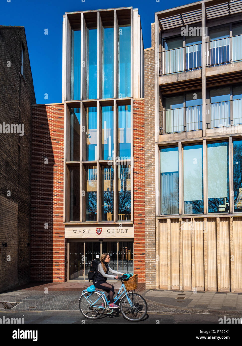 Jesus College West Court Cambridge - Entrance to the new West Court Auditorium and Forum - Cambridge Architecture - Níall McLaughlin Architects - 2017 - Stock Image