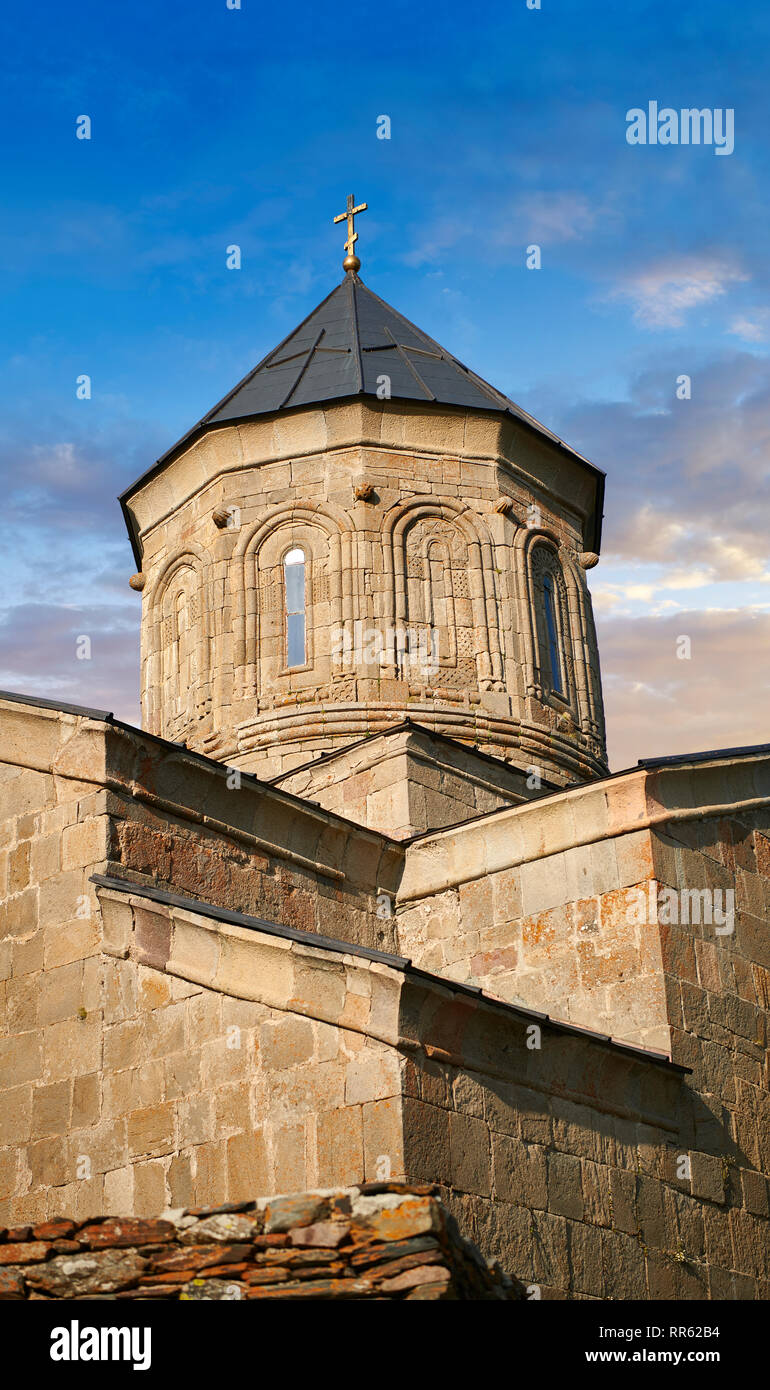Pictures & images of Gergeti Holy Trinity (Tsminda Sameba) Georgian Orthodox and Apostolic Church cupola close up, 14th century, Gergeti, Khevi provin - Stock Image
