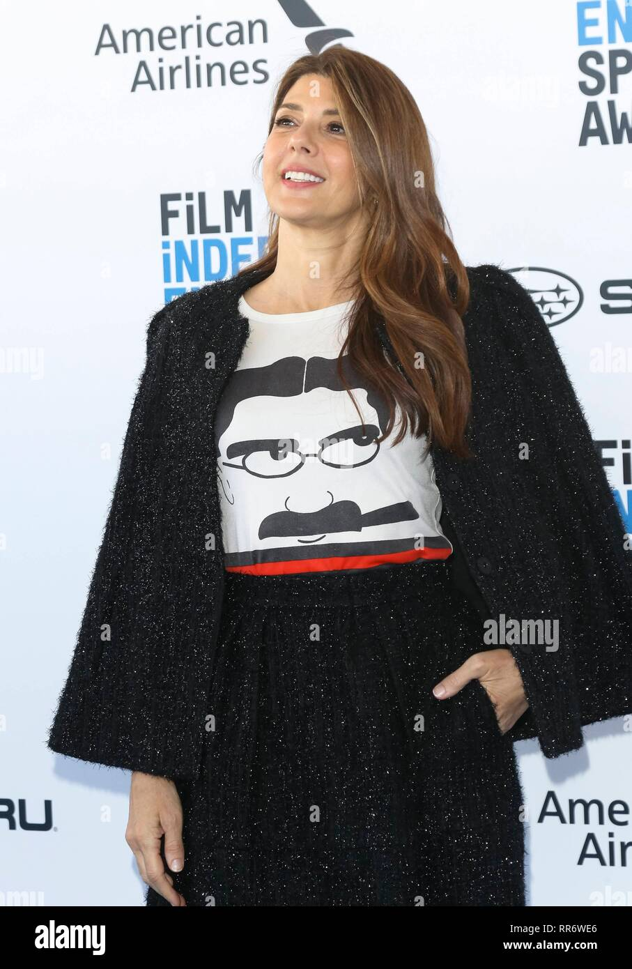 Marisa Tomei arrives at the Film Independent Spirit Awards in a tent in Santa Monica, Los Angeles, USA, on 23 February 2019. | usage worldwide - Stock Image