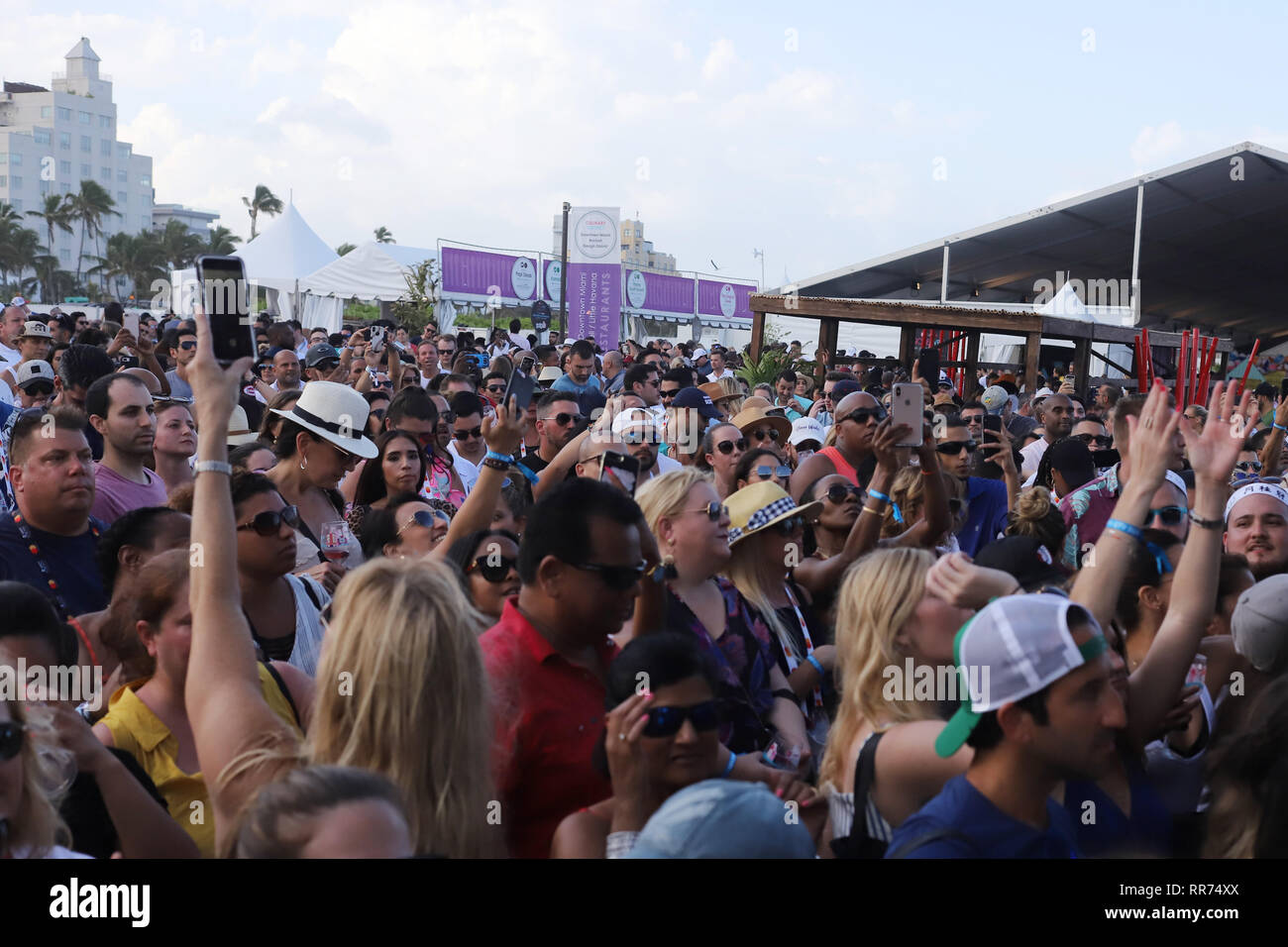 MIAMI BEACH, FL - FEBRUARY 24: Atmosphere on South Beach on February 24, 2019 in Miami Beach, Florida. People: Atmosphere Credit: Storms Media Group/Alamy Live News - Stock Image