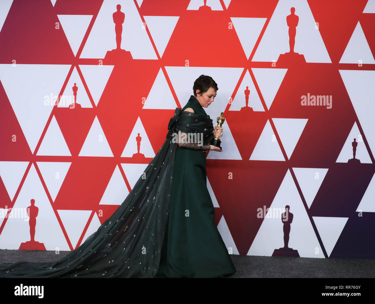 Los Angeles, USA  24th Feb, 2019  Olivia Colman poses for