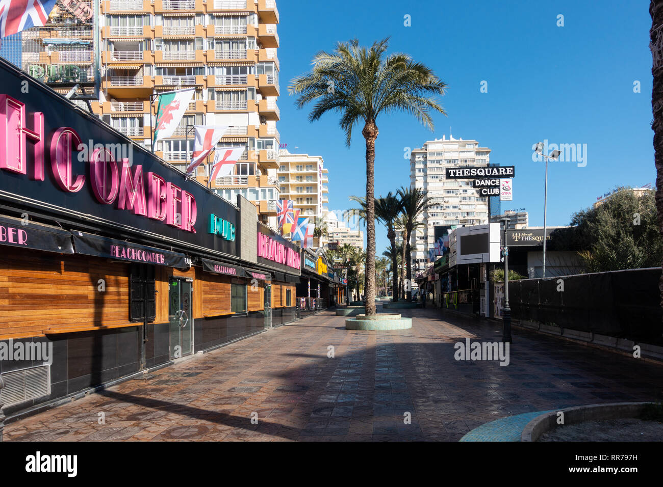 Benidorm, Costa Blanca, Spain, 25th February 2019. Two staff members at the Beachcomber pub in Benidorm New Town on the British square. Two British tourists have been arrested in relation to the alleged attack. Credit: Mick Flynn/Alamy Live News Stock Photo